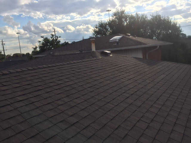 Roof Repair Tips in Toronto – What to consider when selecting a Roofing Company